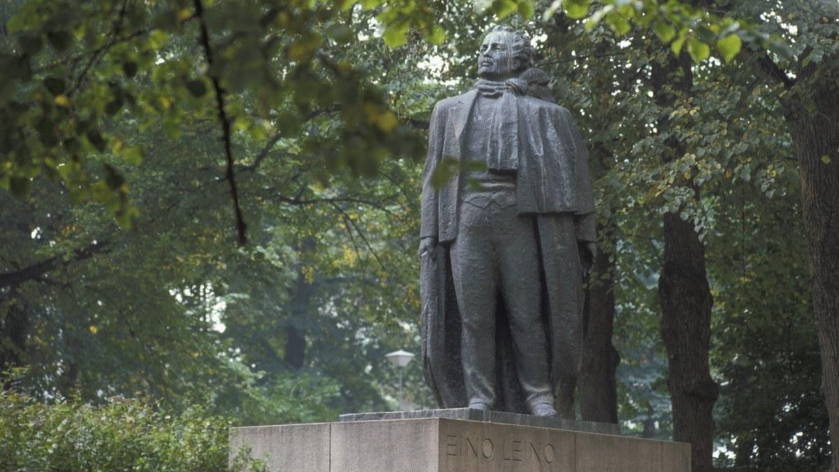Staty blev singel