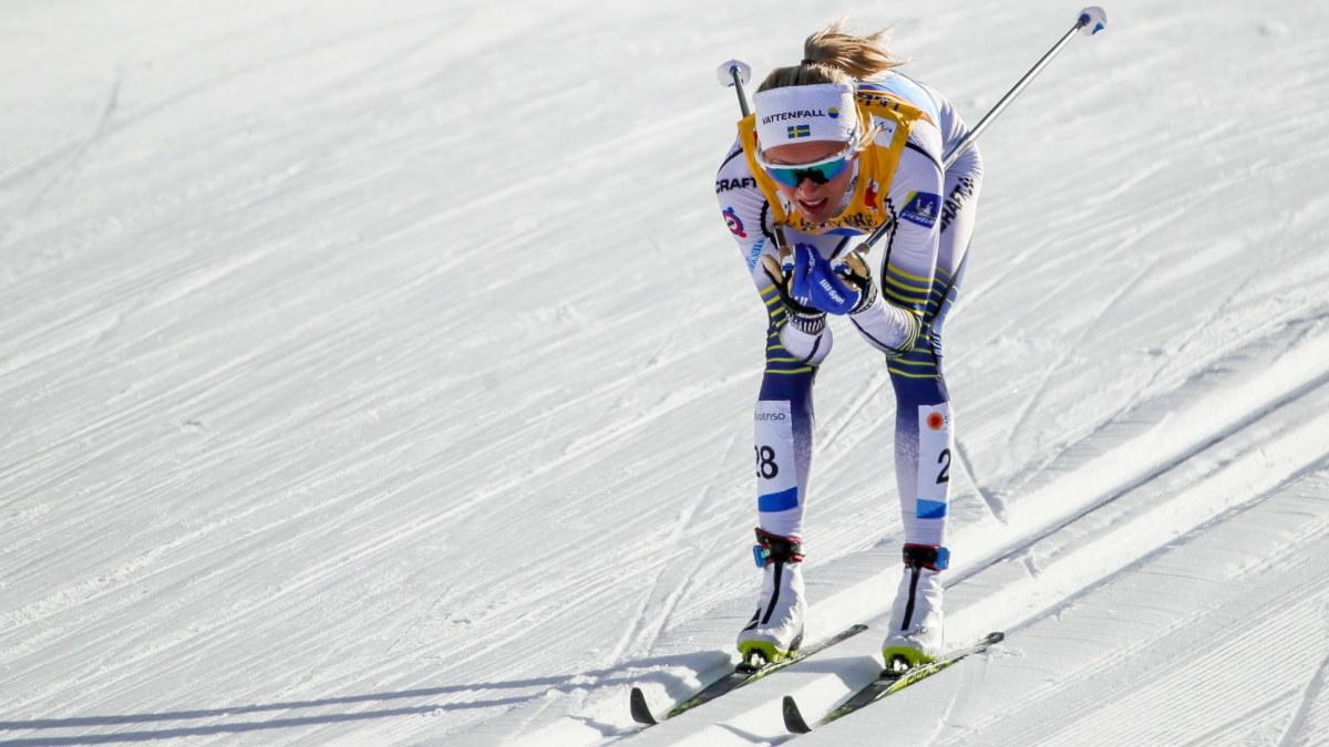 Frida Karlsson i spåret i VM i Seefeld.