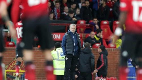 José Mourinho vid sidlinjen. a74b3747cd34a