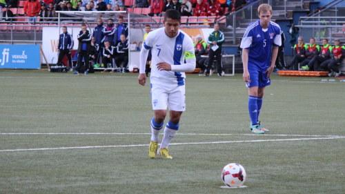 Moshtagh Yaghoubi satte in straffen mot Färöarna. a1e4399e6d5fb