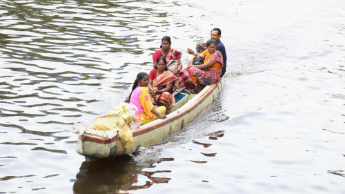 Vattnet tar deras hem