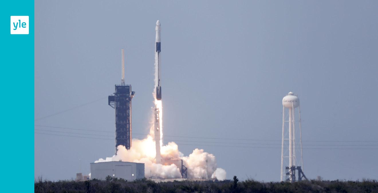 Lyckad raketuppskjutning för SpaceX – första gången någonsin ett kommersiellt bolag skickar upp människor i rymden
