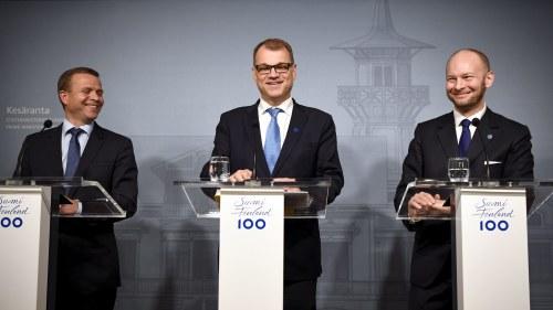 Nya regeringen accepterar internationell utredning