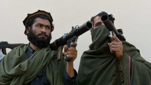 Tva svenskar allvarligt skadade i afghanistan