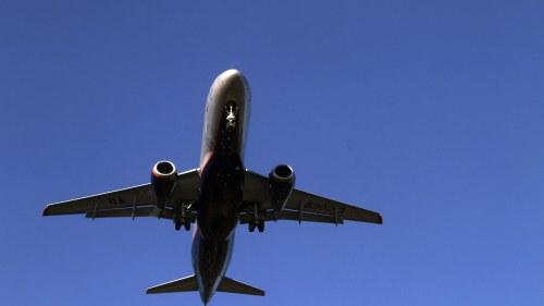 Flygplan kraschade mot bergvagg