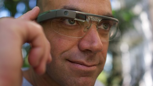 Google lanserar smarta glasogon i ar
