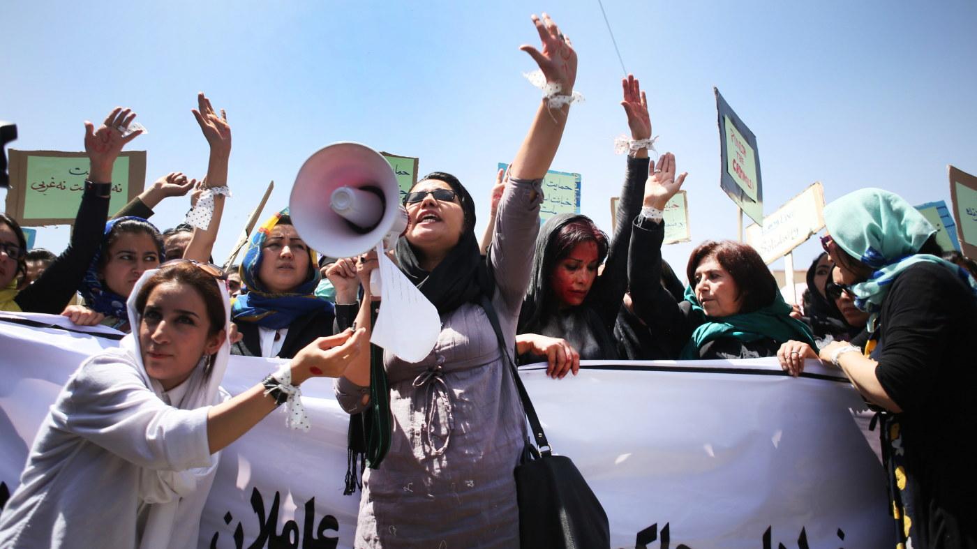 Dejta irakiska kvinnor