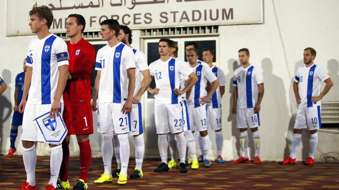 Fotbollslandslaget moter nordkorea