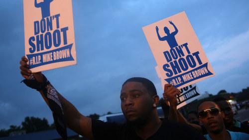 Michael browns familj rasar mot polisen