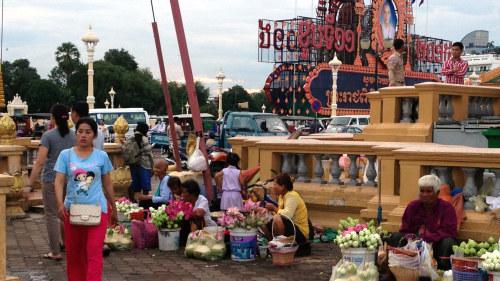 Kambodja rostar bort demokratin