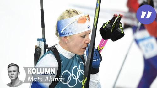 Hockeydamerna till finland