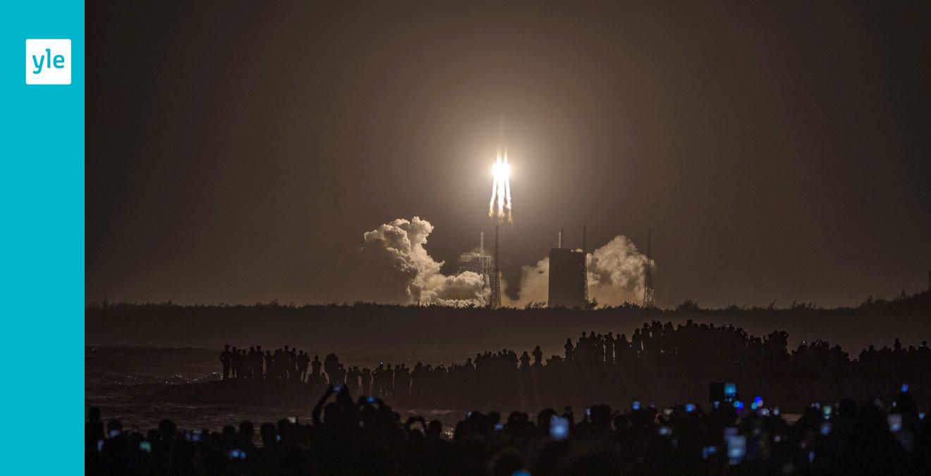 Kina sköt upp rymdsond som ska hämta stenar från månen - bemannad rymdstation nästa