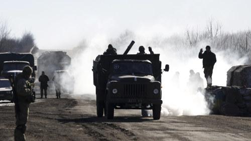 Ukrainsk militar retirerar