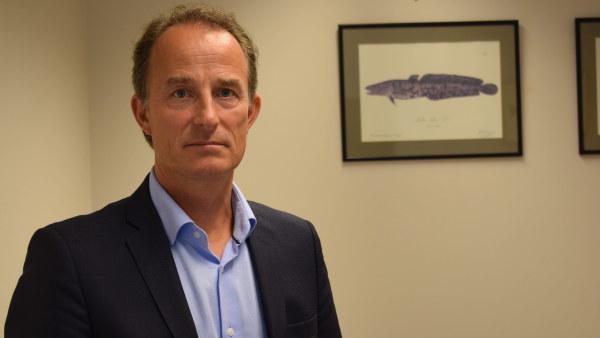 Orian Bondestam arbetar med fiskefrågor vid Jord-och skogsbruksministeriet.
