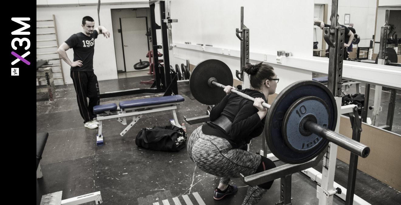 hur mycket väger en stång på gymmet