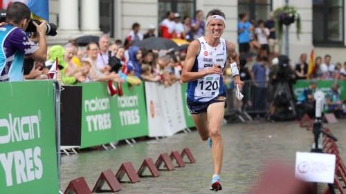 Edwards kan ta tredje guldet