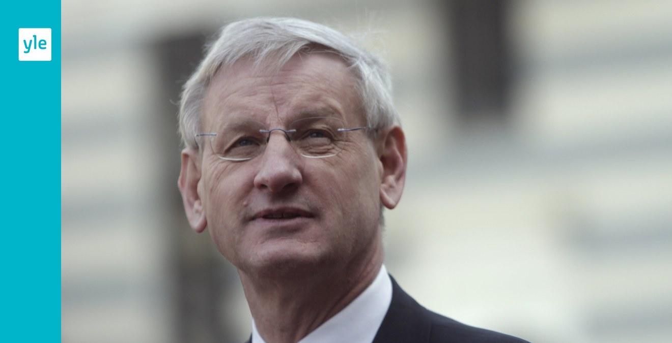 Svenska Dagbladet: Carl Bildt vill få tyst på statsepidemiologen Anders Tegnell
