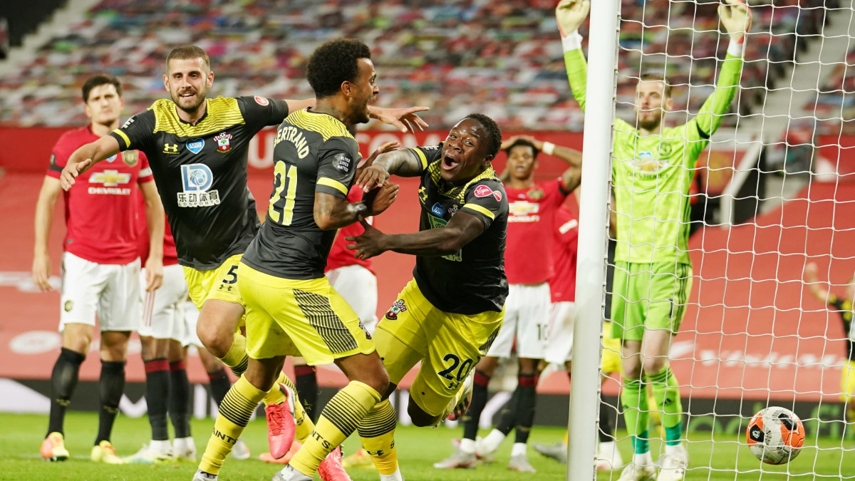 """Manchester United tappade segern i """"värsta möjliga stund"""" – Real Madrid stormar mot ligatiteln"""