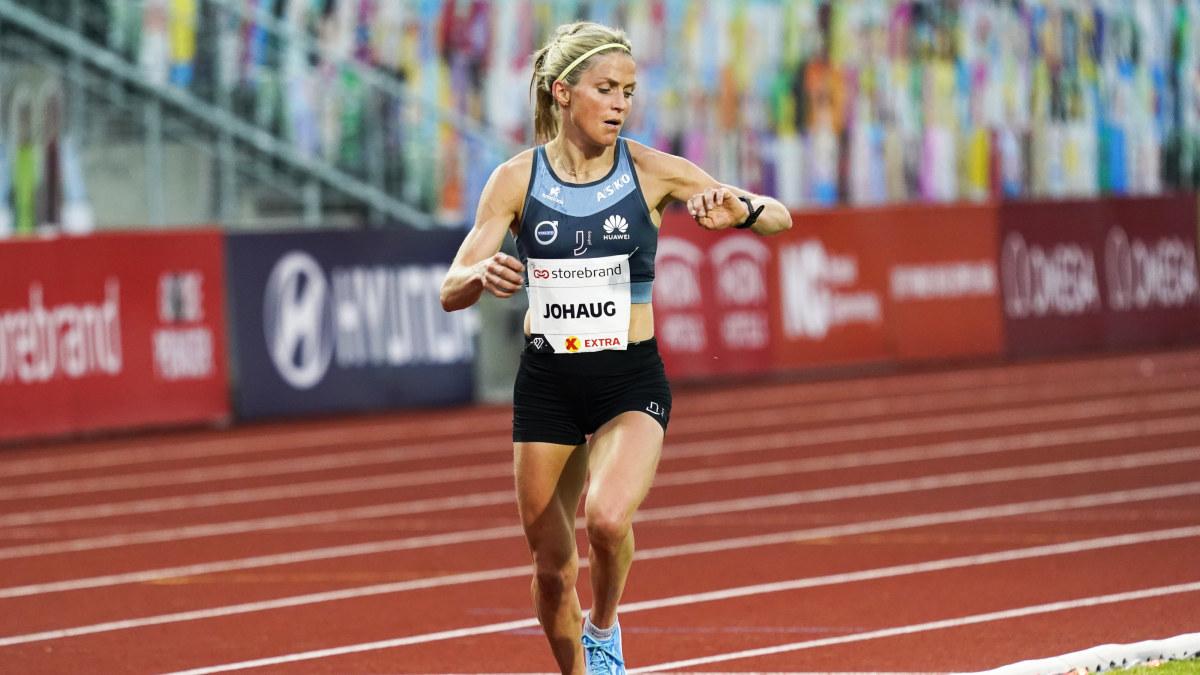 """Therese Johaug krossade sitt personliga rekord, satte bästa tiden i världen och klarade VM-gränsen: """"Trodde ju jag ..."""