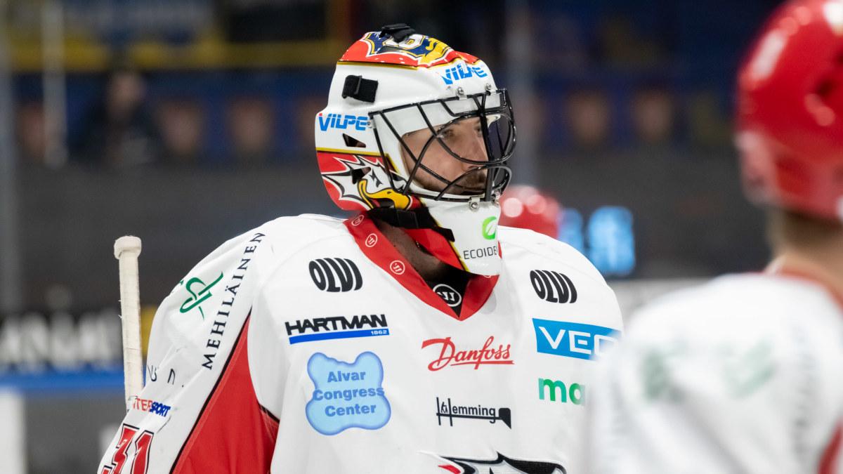 """Kaosåret i Sport gav svensken Stefan Stéen en mindre kulturchock: """"Speciellt att se andra i laget ställa in skridskorna ..."""