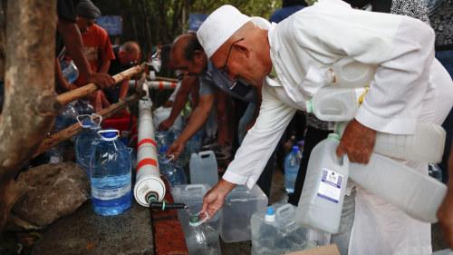 Torka hotar boende nara vatten