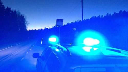 Riksvag 25 avstangd efter trafikolycka
