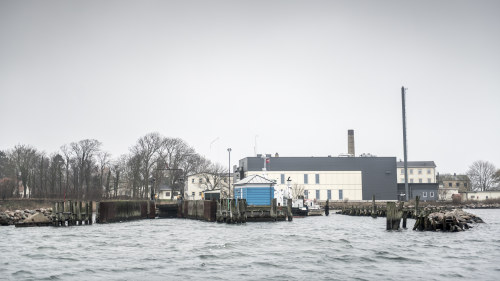 150 flyktingar saknas efter storm