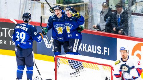 04da68e0 Finlands Arttu Ilomäki firar karriärens första landslagsmål då Finland  besegrade Norge i en landskamp inför VM
