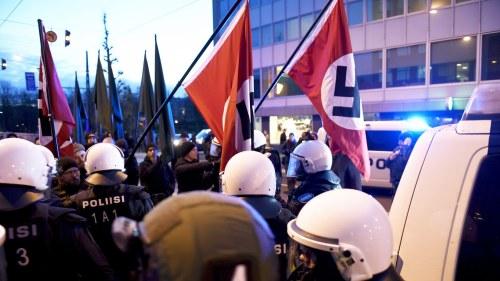 Naziledare greps av polis