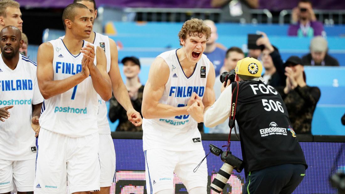 Slovakien foll mot storebror
