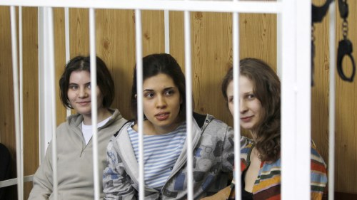Fem halls kvar i turkiskt hakte