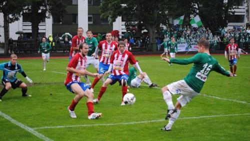 Tre västnyländska lag ger extra krydda åt fotbollstrean säsongen ... e288e3e8eda72