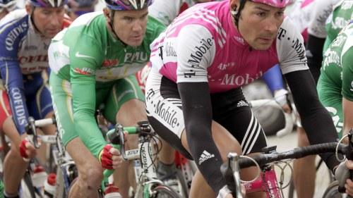 Guldmedaljerad cyklist stangs av for dopning