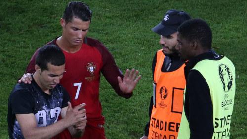 Ronaldo till sjukhus i natt