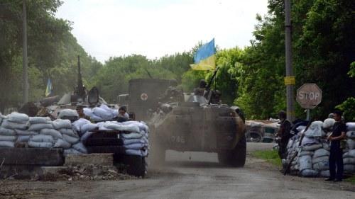 Tre soldater dodade i ostra ukraina
