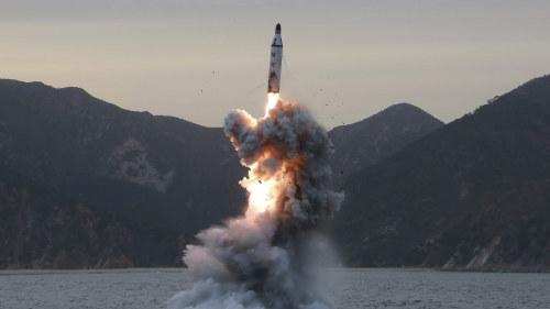 Nordkorea hotar med nya robottester