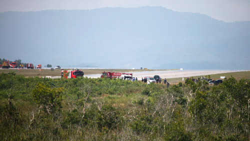 En omkom da plan kraschade under flyguppvisning
