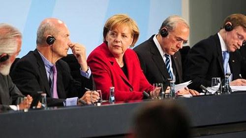 Tyskland vill vanta med sanktioner