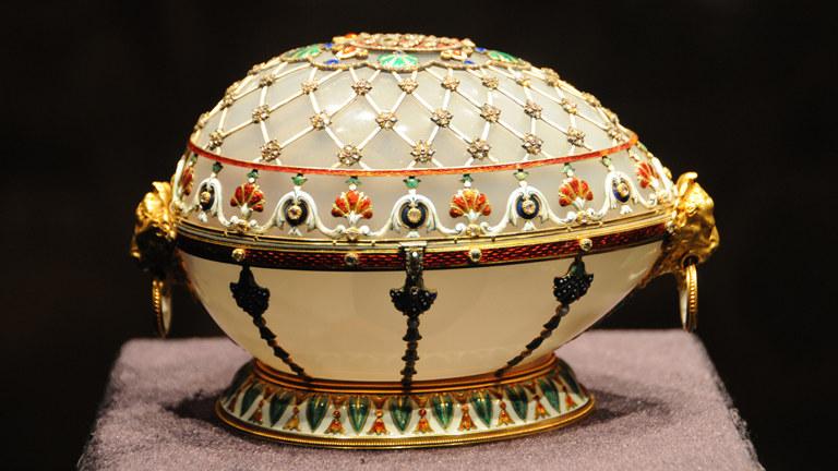Faberge Muna