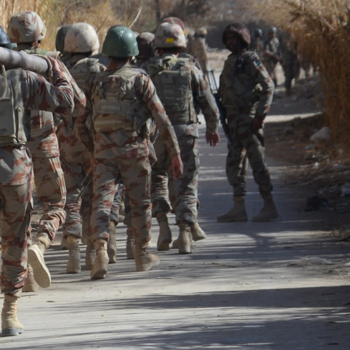 Talibaner pa offensiv huvudvark for usa