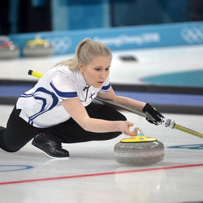 Curling och tennis vill flytta ihop