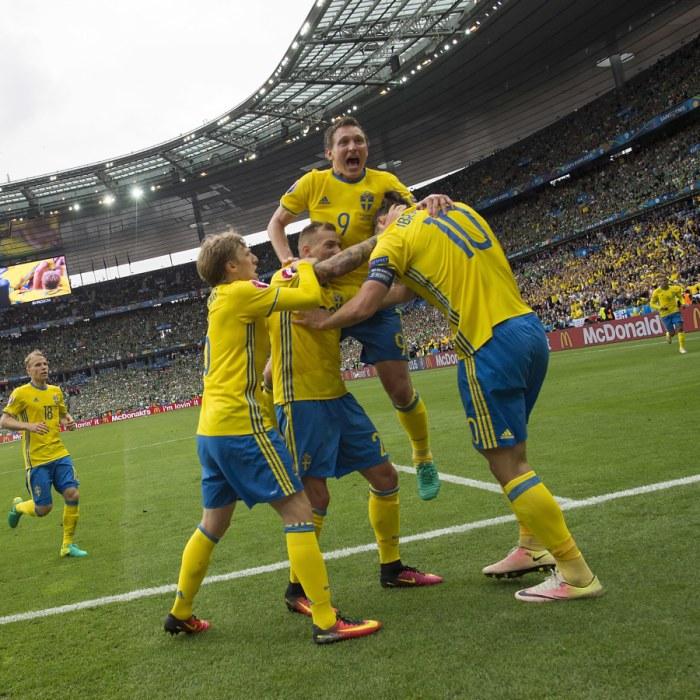"""Svenska fotbollsfavoriten försvarade Qatars VM-värdskap och orsakade  kritikstorm  """"En alldeles utsökt propagandaman""""  7d0dff3e7f576"""