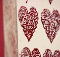 Hjärtan med embossing