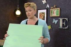 Här är fanerskivan målad med möbelfärg.