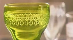 Grönt vitvinsglas