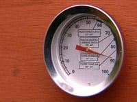 En termometer gör rökningen mera precis