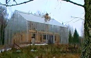 Huset i växthuset utifrån