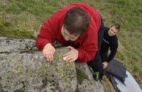 Sista ansträngningen och Elisabeth är uppe på 3,5-stenen