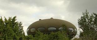 Huset ser ut som ett UFO