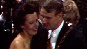 Tellervo ja Mauno Koivisto Linnan juhlissa vuonna 1982.